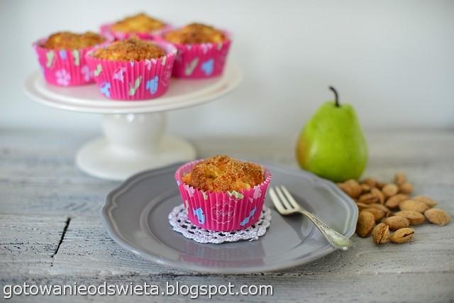 Muffinki z gruszką i imbirem