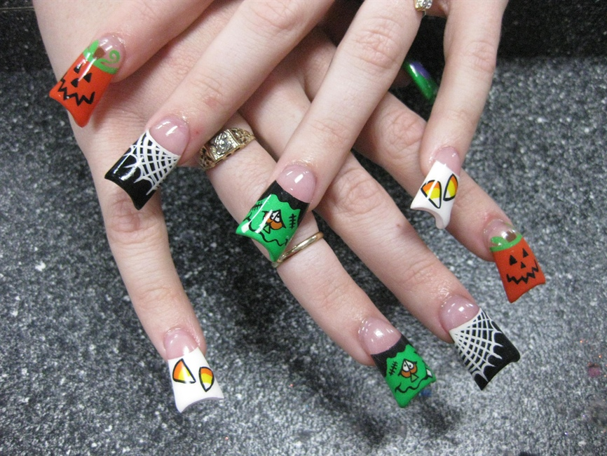 The Exciting Nail designs spider Image