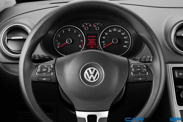 VW Voyage 2013 - volante