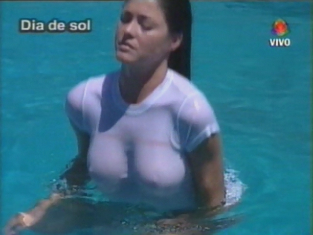 Pamela_David_Wet_Shirt.avi.006.jpg