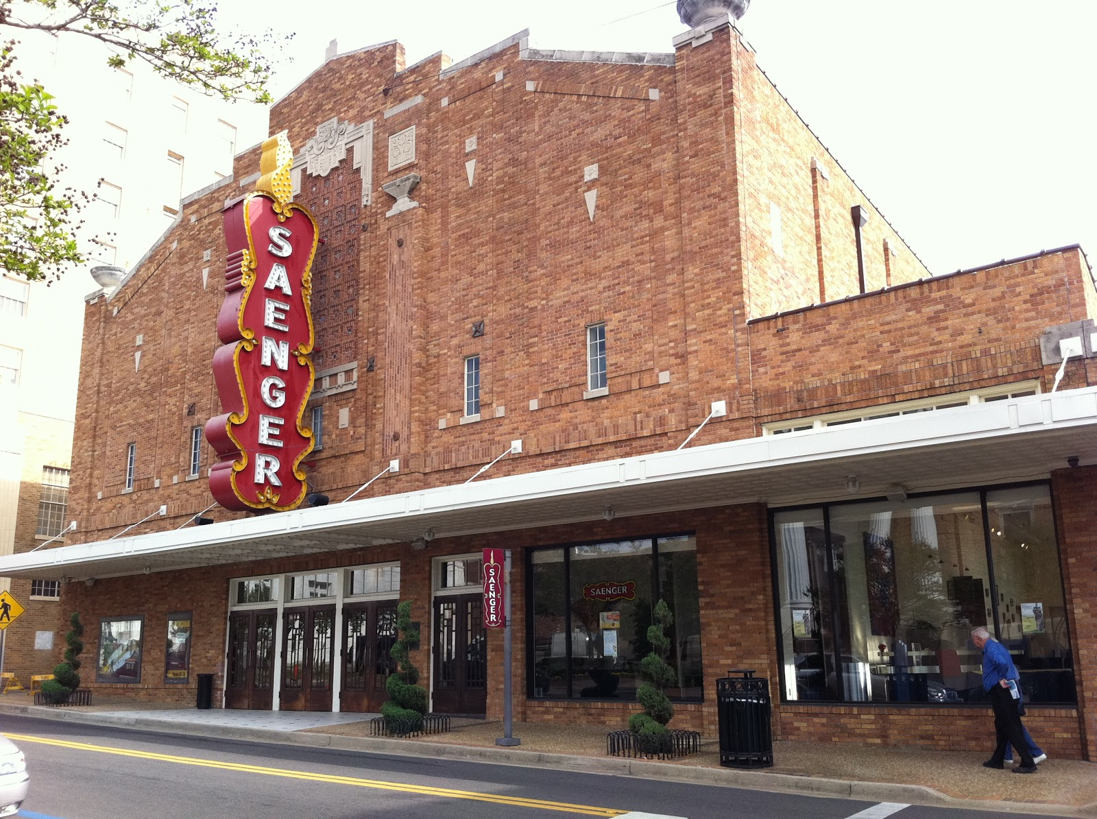 CKS thoughts: Hattiesburg Architecture- Saenger Theater