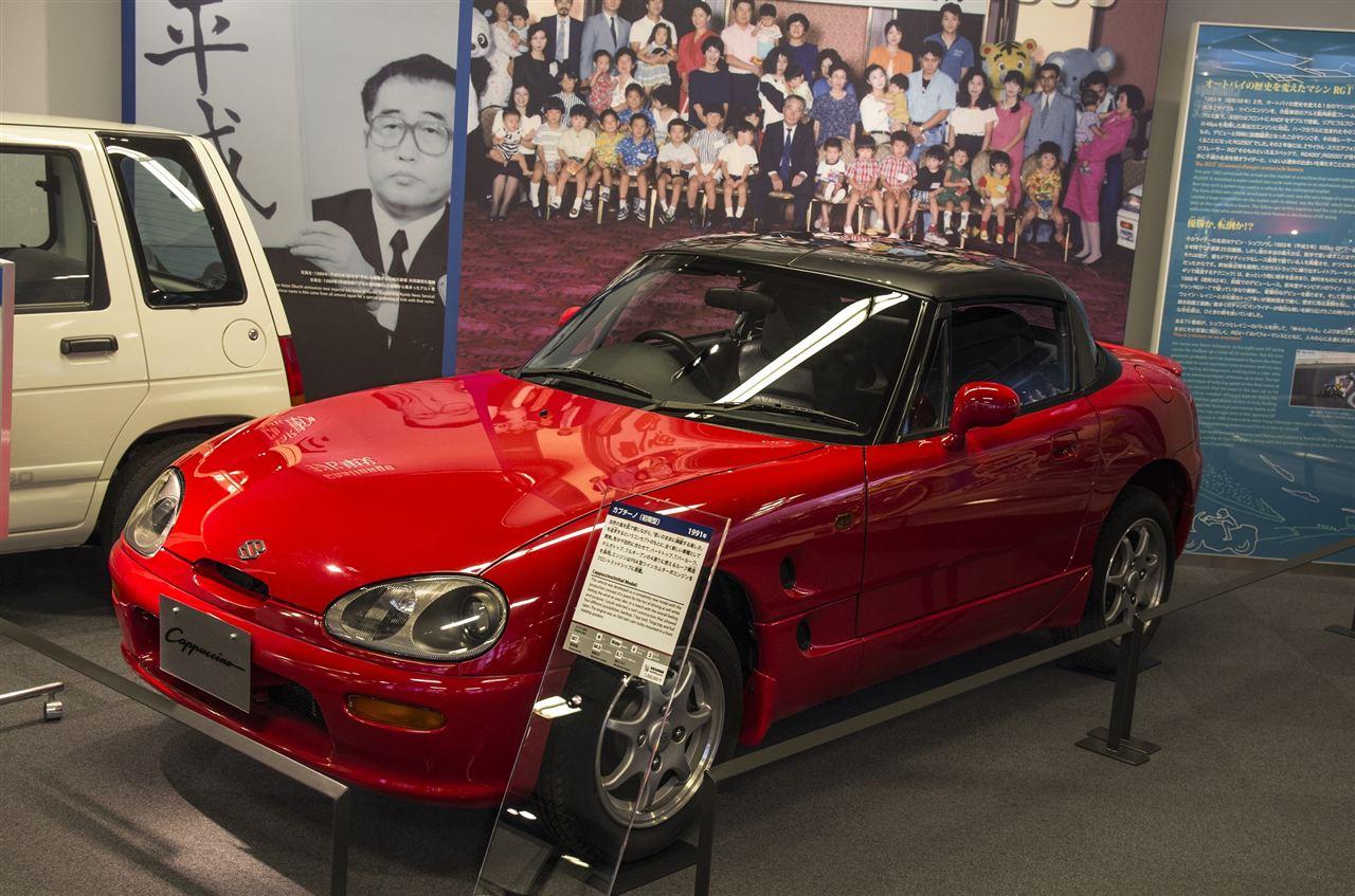Suzuki Cappuccino, sportowy kei car, japoński, kultowy, RWD, targa, t-top, silnik 3-cylindrowy, turbo, czerwony, red, wygląd