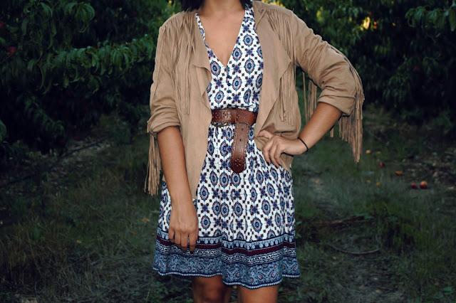 vestido-etnico-chaqueta-flecos-ante