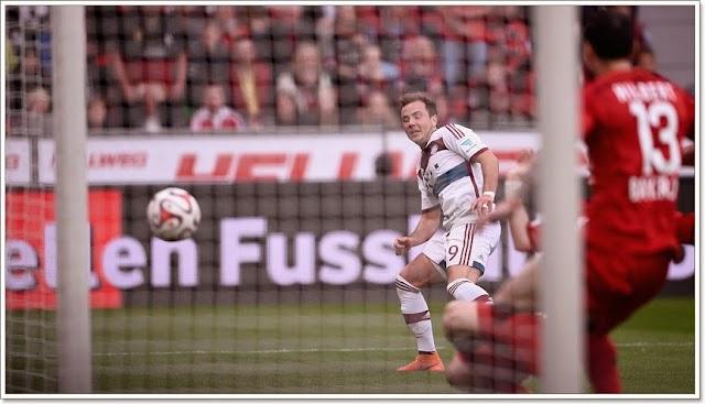 Leverkusen vence e Bayern tem Barcelona pela frente.