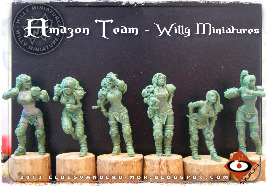 Foto de varias miniaturas del Equipo Blood Bowl de Amazonas de WILLY Miniatures hechas por ªRU-MOR. Blitzers, thrower and linewomen, fantasy football