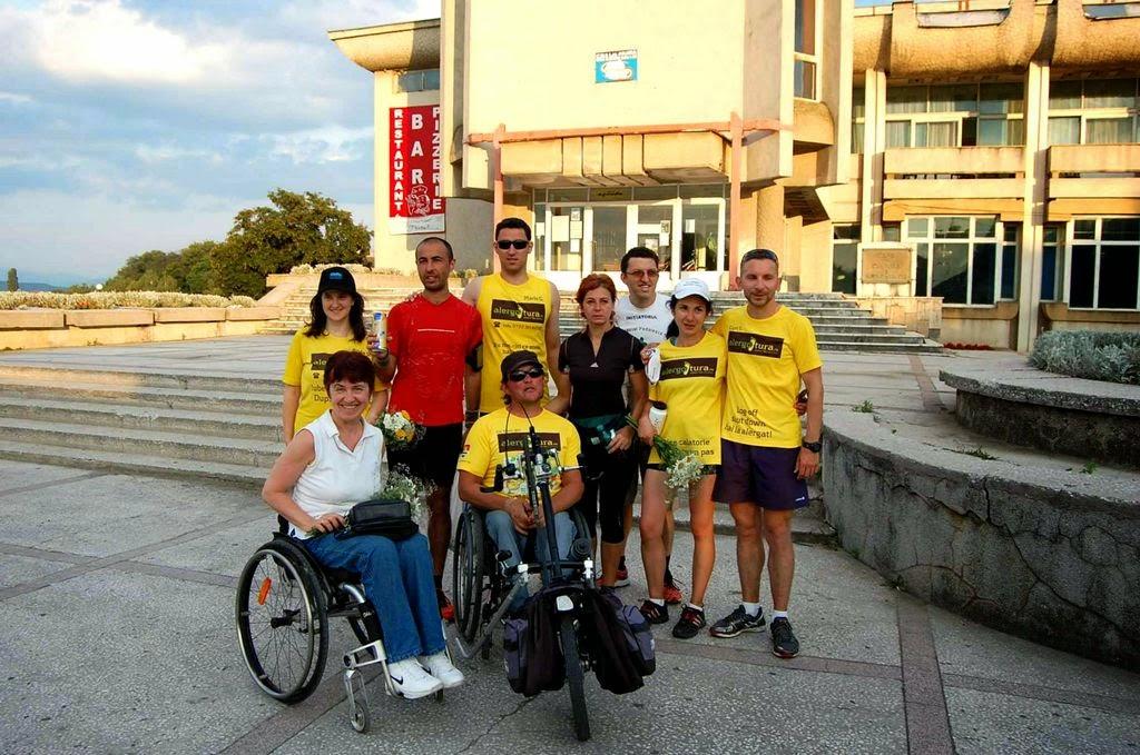 Cum am alergat 61 km alături de Vasile Stoica pe traseul Timişoara - Lugoj. Când visele devin realitate. Grup Lugoj