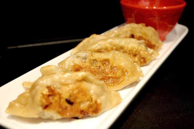 Pork and seaweed gyoza (Japanese dumplings