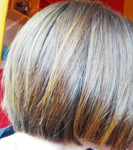 Henne biondo su capelli con colpi di sole