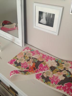 chelsey life designs  DIY WALLPAPER DRESSER