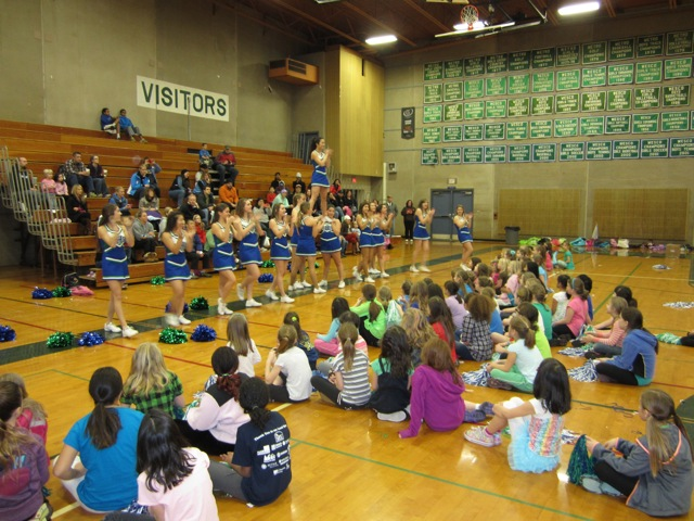 Cheers For Elementary Classrooms ~ Shoreline area news shorewood elementary cheer clinic