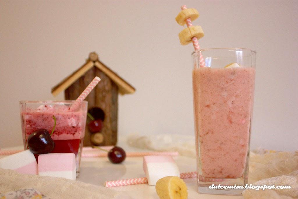 cereza, decoración, fluff, marshmallow, nube, pajita, plátano, refrescante, Smoothie, dulcemisu