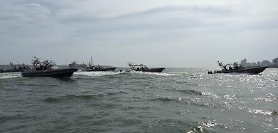 El bote interceptor semirrígido Apostle 410 T-Tops de la Armada de Colombia.