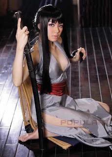 Foto Model Vicky Shu di Popular Magazine