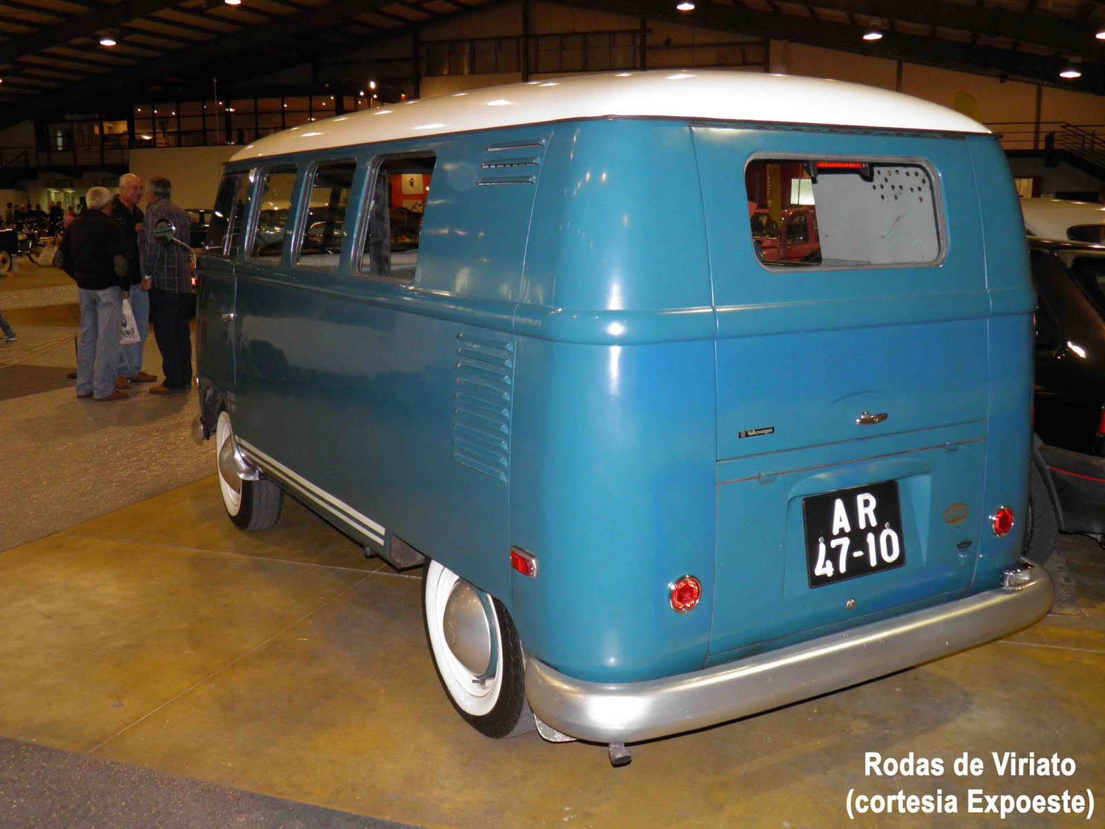 Fotos do Classic´Auto 2010 5º Salão do Automóvel Motos Antigas  #327B99 1600x1200