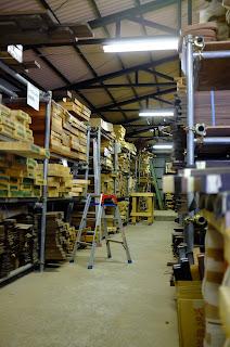 ESP 材木置き場内
