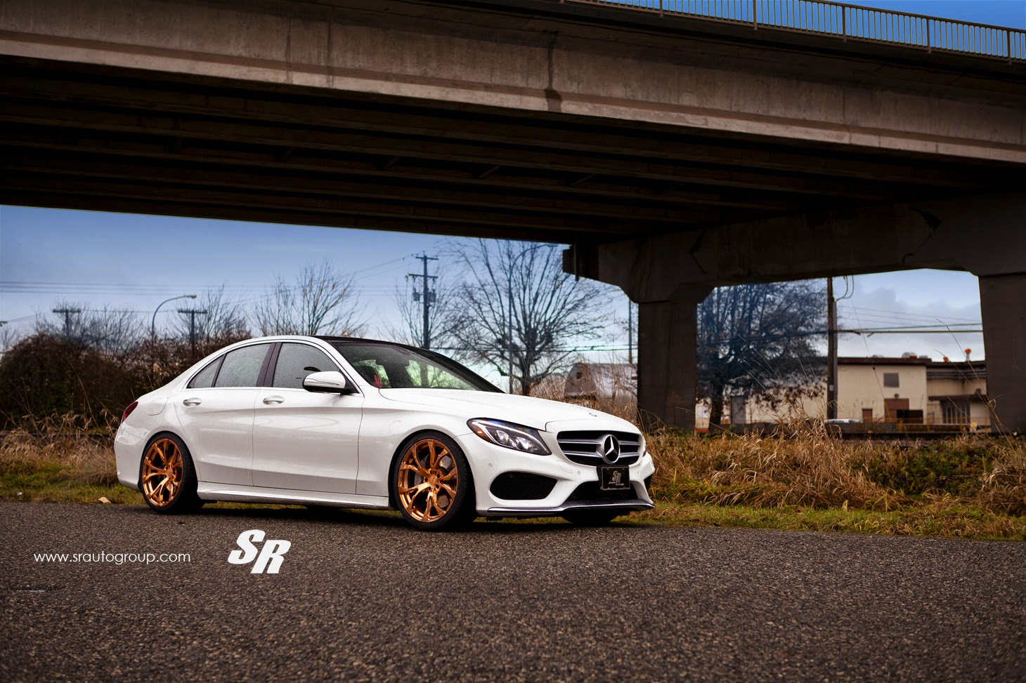 Mercedes benz w205 c300 on rich gold pur rs04 wheels for Mercedes benz wheels rims
