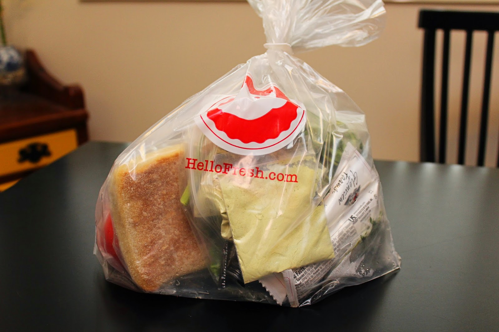 Blue apron fails - Unlike Blue Apron Hello Fresh Puts All The Ingredients For A Recipe In A Bag Which Was Convenient