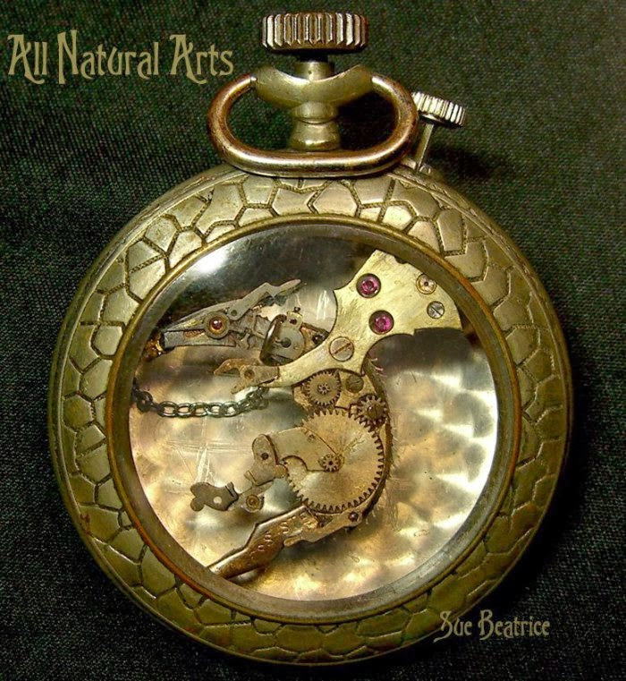 03-Dog-Recycled-Watch-Sculptures-Steampunk-Susan-Beatrice-All-Natural-Arts-www-designstack-co