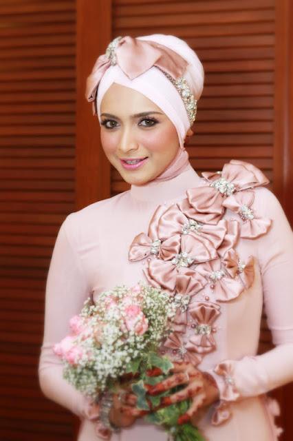 Sharifah Nur (Pengacara/Model)