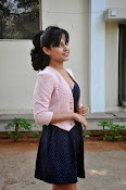 Disha Pandey Hot Photos at Manasunu Mayaseyake-thumbnail-17
