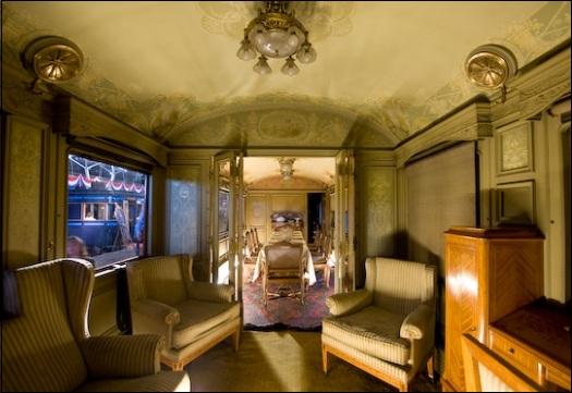 De Koninklijke trein | De Oranjes