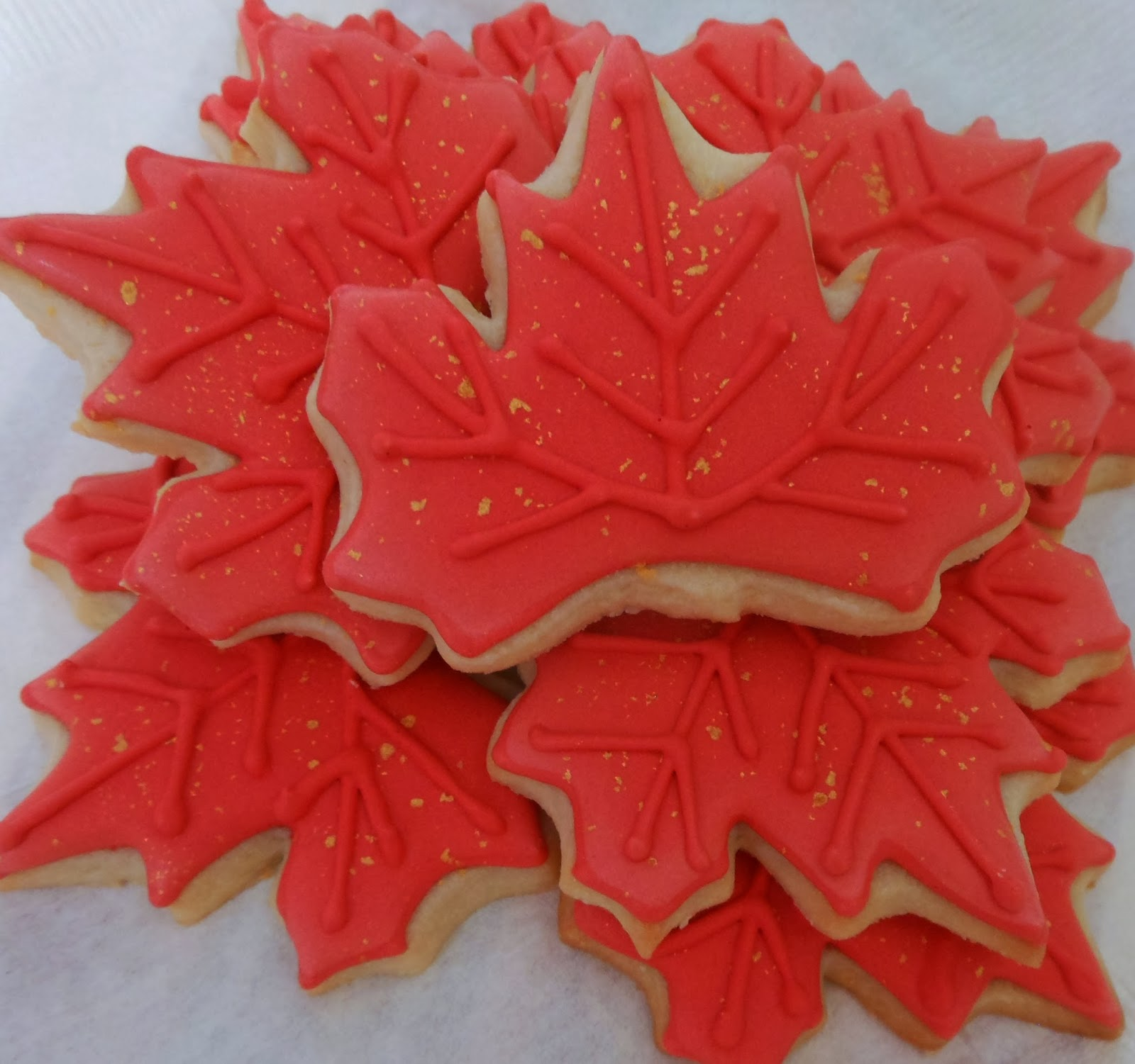 My Cookie Clinic: MAPLE LEAF COOKIES/ Family Roots