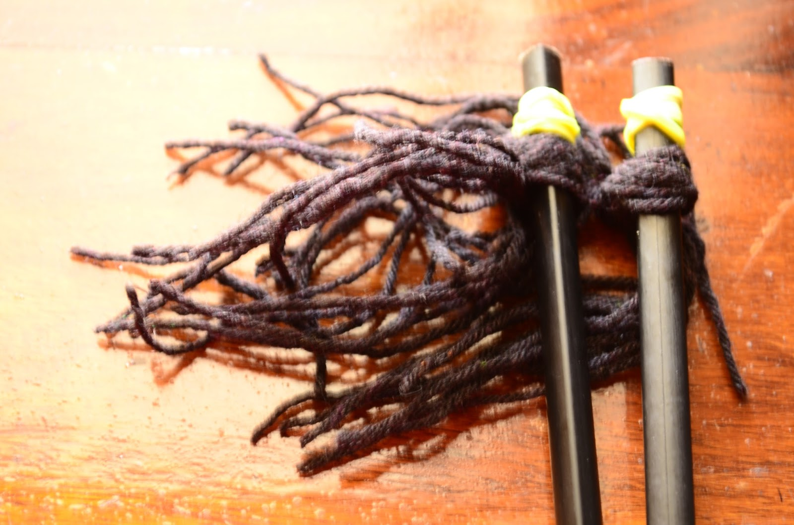 Paint with Yarn: Yarn Brushes