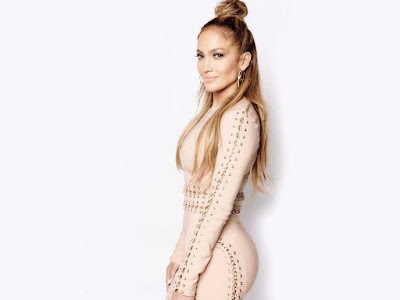 Jennifer Lopez Side Pose Wallpaper