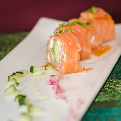 Salmon+Cucumber+and+Avocado+Roll.jpg
