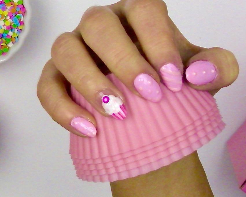 Video Cupcake Nail Art Design Lindsay Ann Bakes