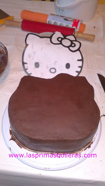 Tarta chocolate Hello Kitty