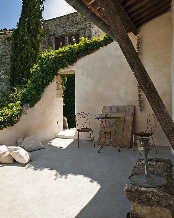 clothespeggs la maison de josephine en provence