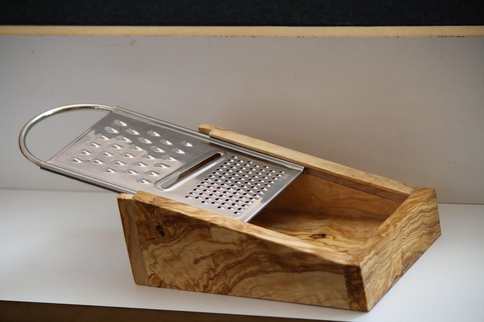 Artesania en madera de olivo utensilios de cocina 1 for Utensilios de cocina artesanales