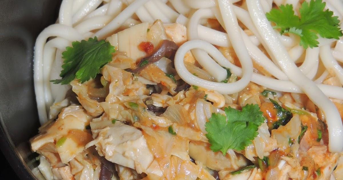 Midi cuisine nouilles udon au choux chinois et au poulet for Cuisine un chinois