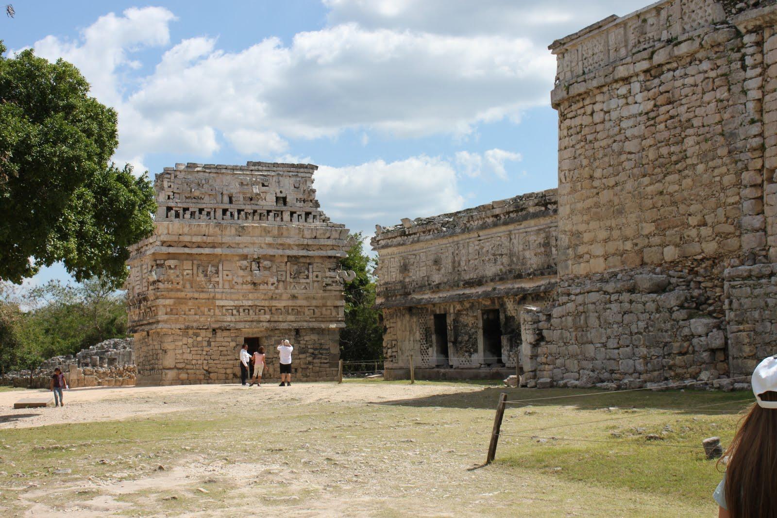 http://4.bp.blogspot.com/-LD0WJ_TshIE/Troo8Dk-6cI/AAAAAAAAEAc/KquR4eiIM40/s1600/Cancun+Mexico+photos.jpg