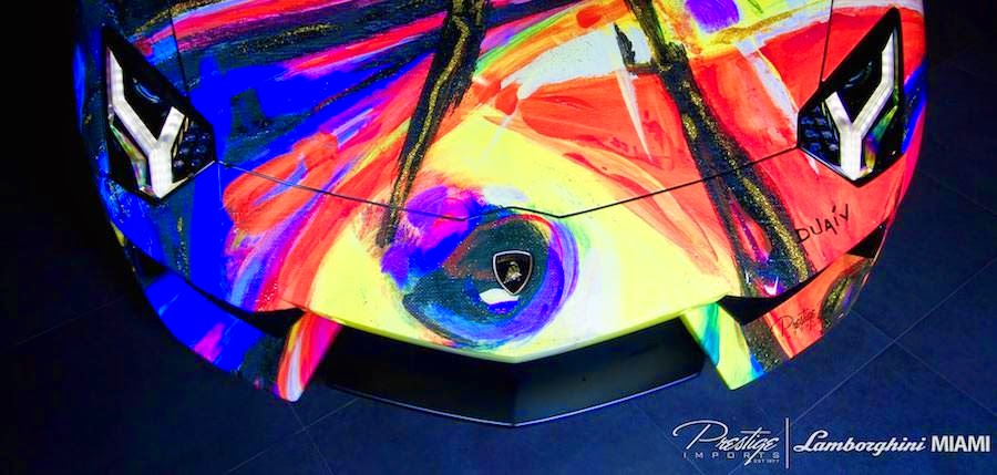 芸術的!絵画のようなカラーの「ランボルギーニアヴェンタドール・ロードスター」を公開