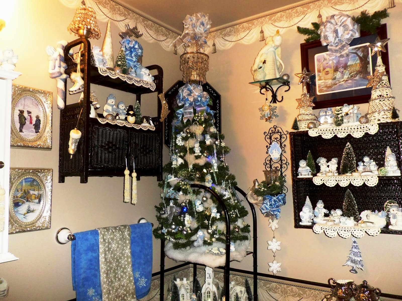 Blue Winter Wonderland in the Powder Room, Part 10, Home Tour
