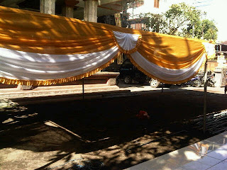 dekorasi tenda pesta, sarung kursi