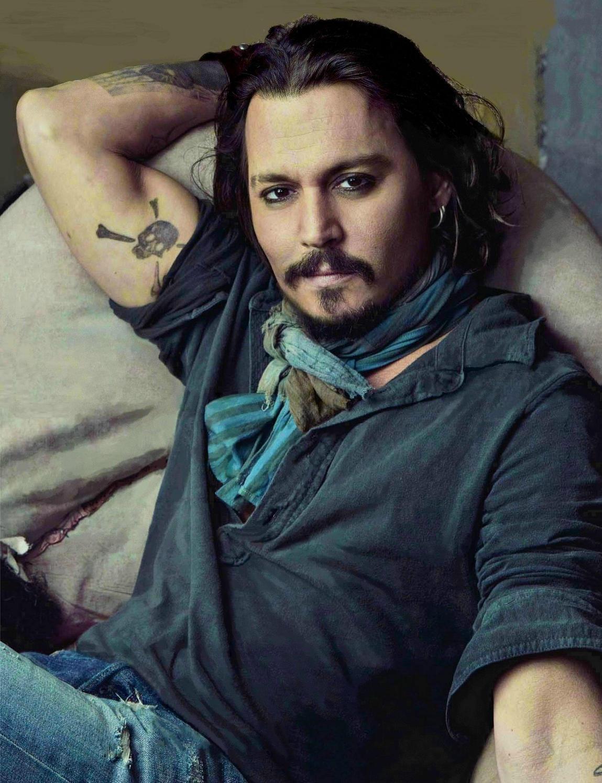 http://4.bp.blogspot.com/-LDNcCwsHUl4/TzmWBE_JQVI/AAAAAAAADi8/73SqVo8PW8E/s1600/Johnny+Depp.jpg