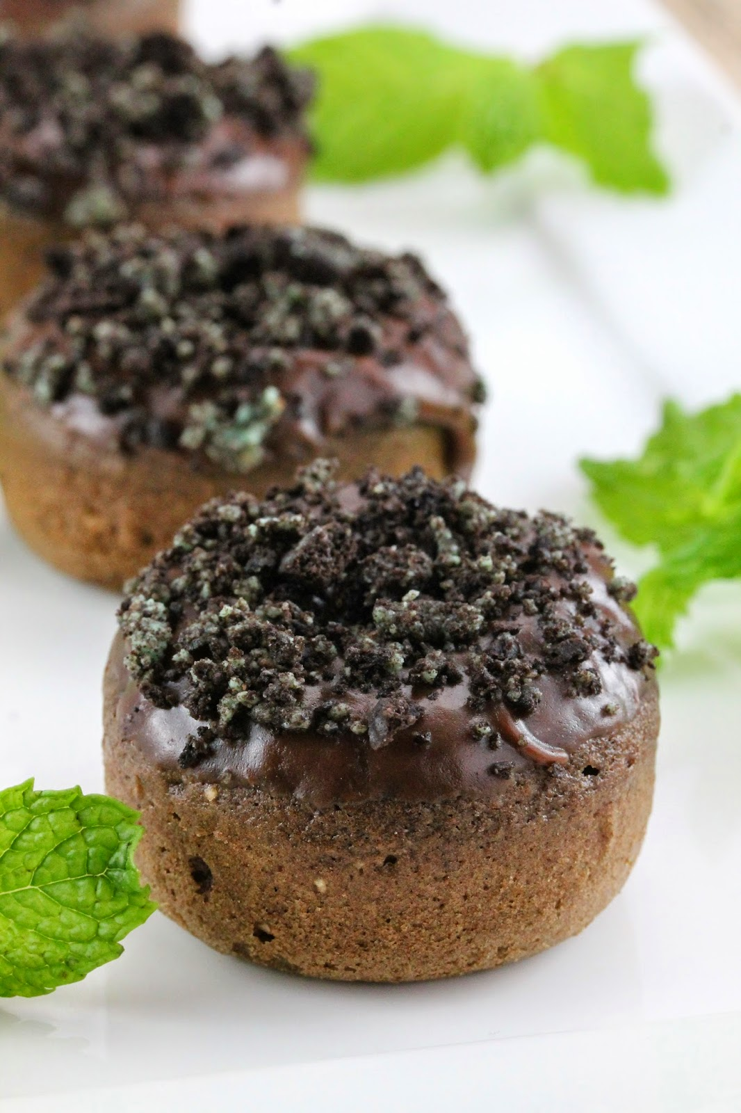 chocolate mint doughnuts