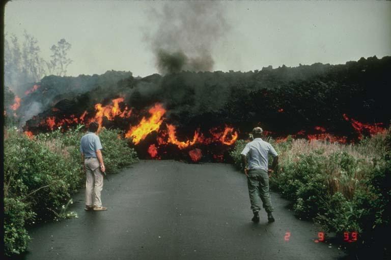 Geografia e luta estrutura de um vulc o for Temperatura lava