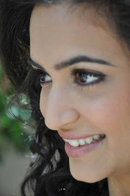 kriti kharbandha close up new actress pics
