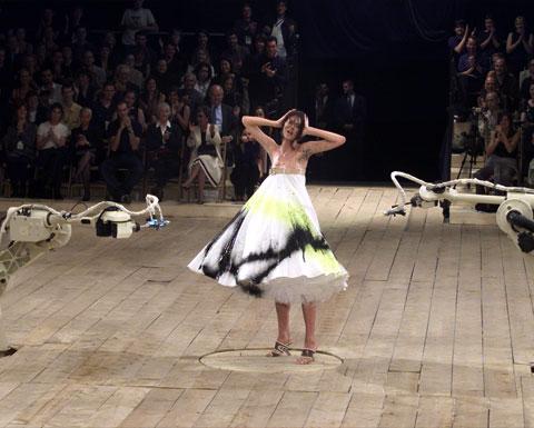 Alexander Mcqueen Fashion Show Spray Paint