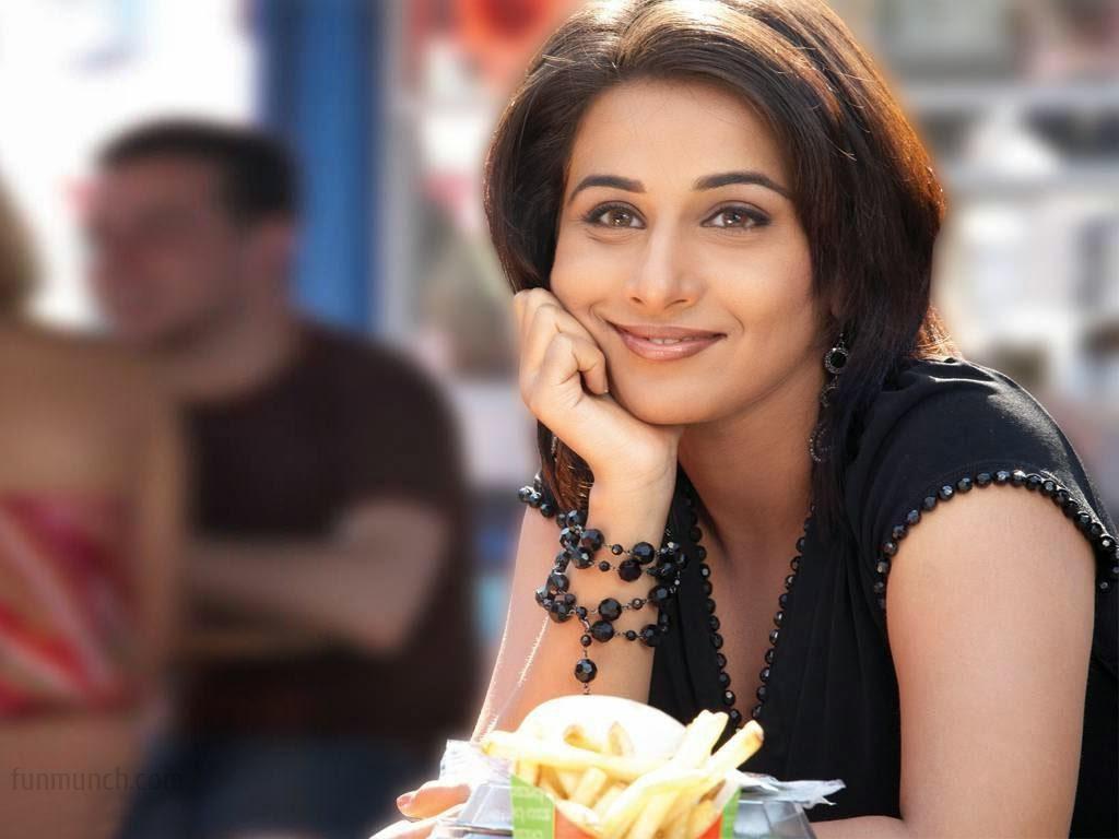 Vidya Balan :Vidya Balan Hot Pics And Hot Wallpapers (HD Photos)