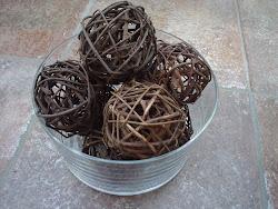 Twiggy Balls