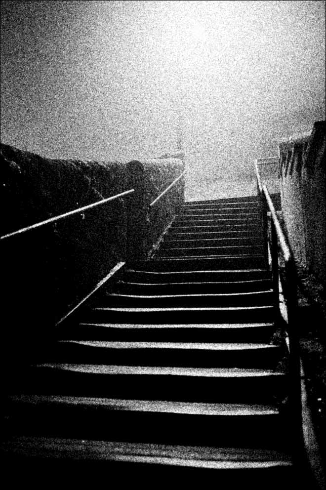 fog, smog, mist, misty, online darkroom, silver gelatin, film, printing, enlarging, enlarger,analogue, analog, rolleiflex, automat, spur acurol-n, industrial estate
