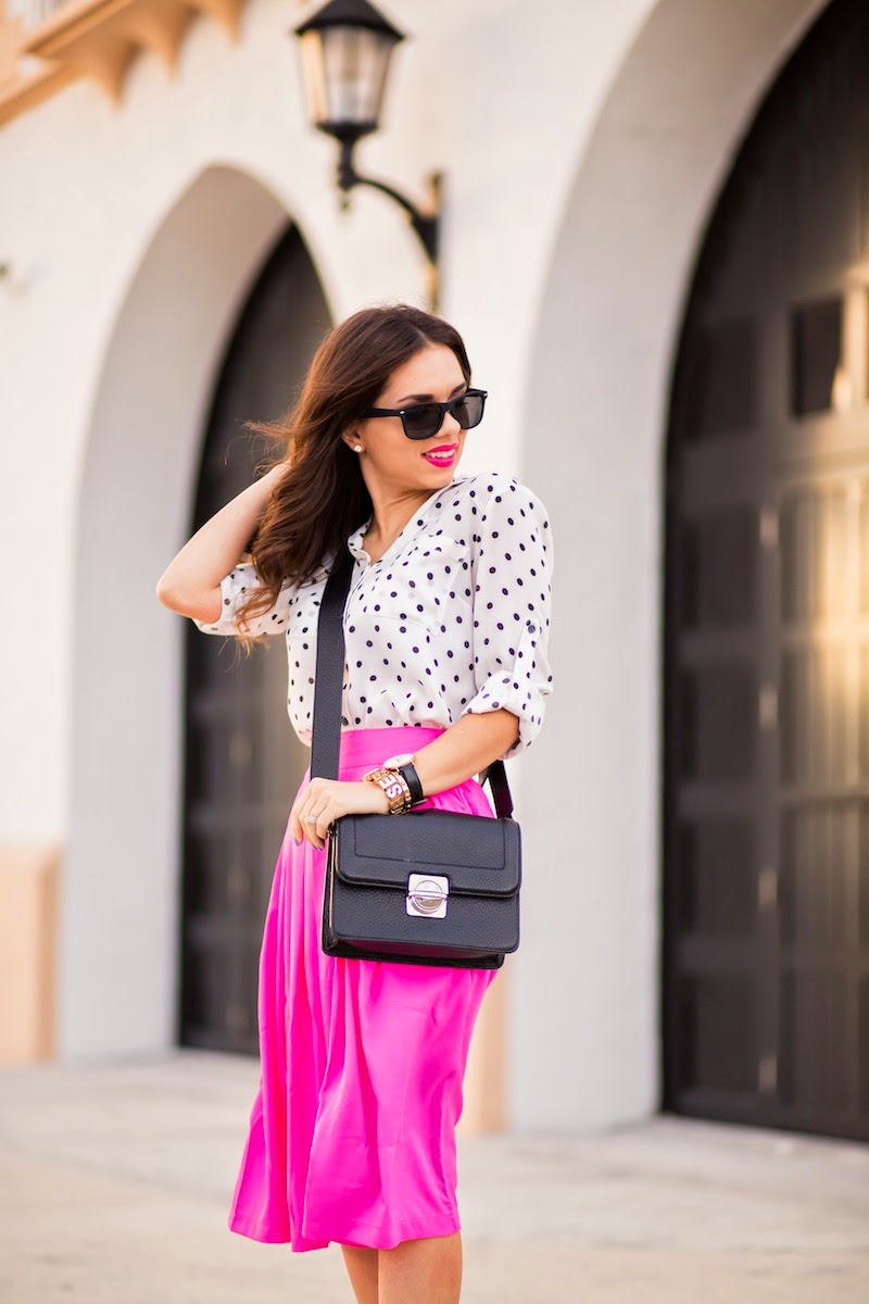 miami fashion blogger, fashion blogger, nany's klozet, daniela ramirez, midi skirt, crop top, how to wear, fashion trends, midi skirt, polka dots,