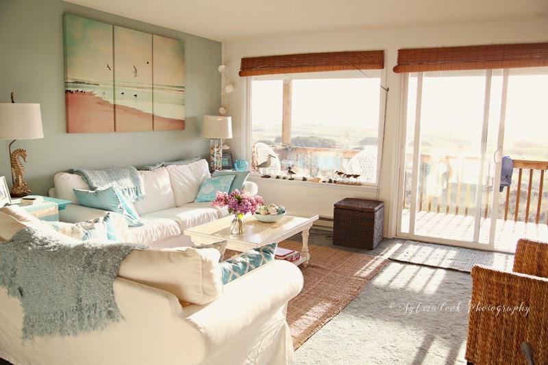beach house coastal decor