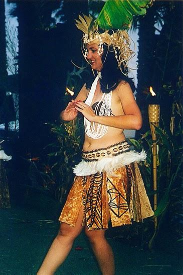 Tahitian dance @ Lady by Choice