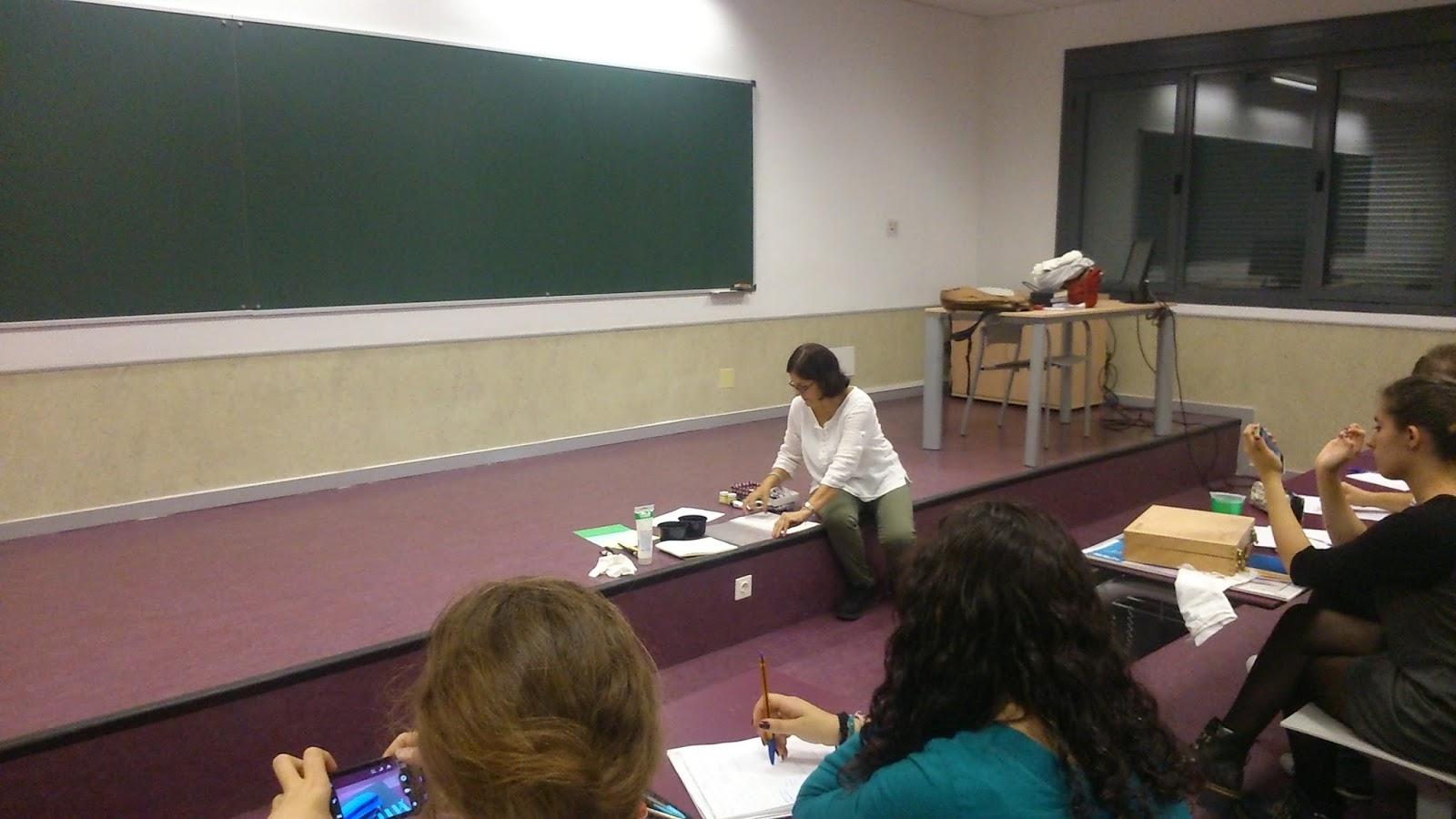 Rosa Carrillo: Paleta y Libro de Color